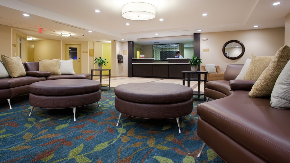 Lobby, Candlewood Suites Carrollton