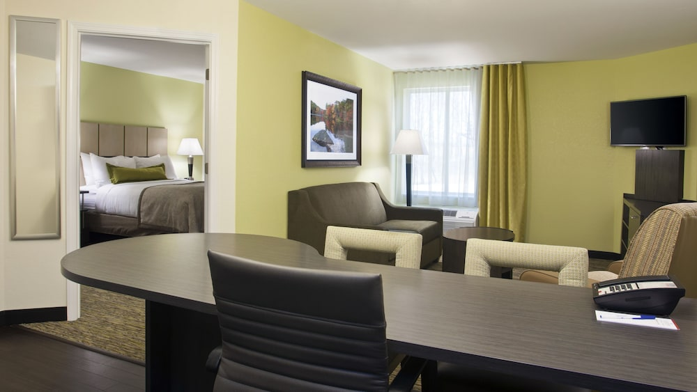 Room, Candlewood Suites Carrollton