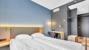 Allergitestet sengetøy, skrivebord, sengetøy og rullestoltilpasning