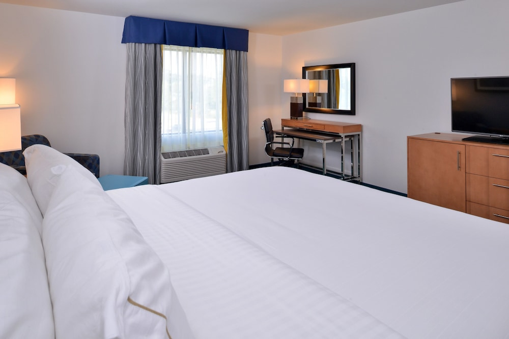 Room, Holiday Inn Express & Suites West Ocean City