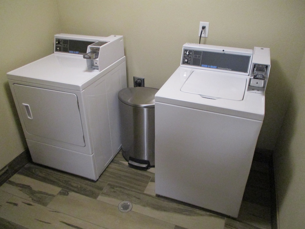 Laundry Room, Best Western Roosevelt Place Hotel