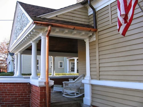Great Place to stay The Charles Newhall House near Providence