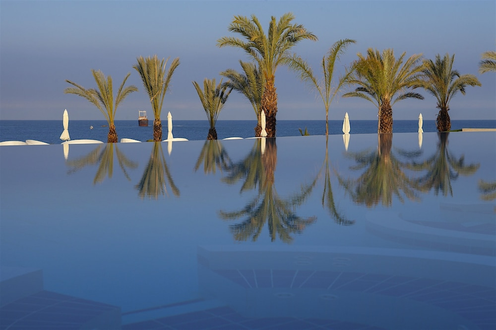 Infinity Pool, King Evelthon Beach Hotel & Resort