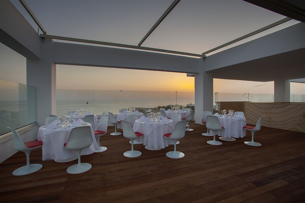 Restaurant, King Evelthon Beach Hotel & Resort