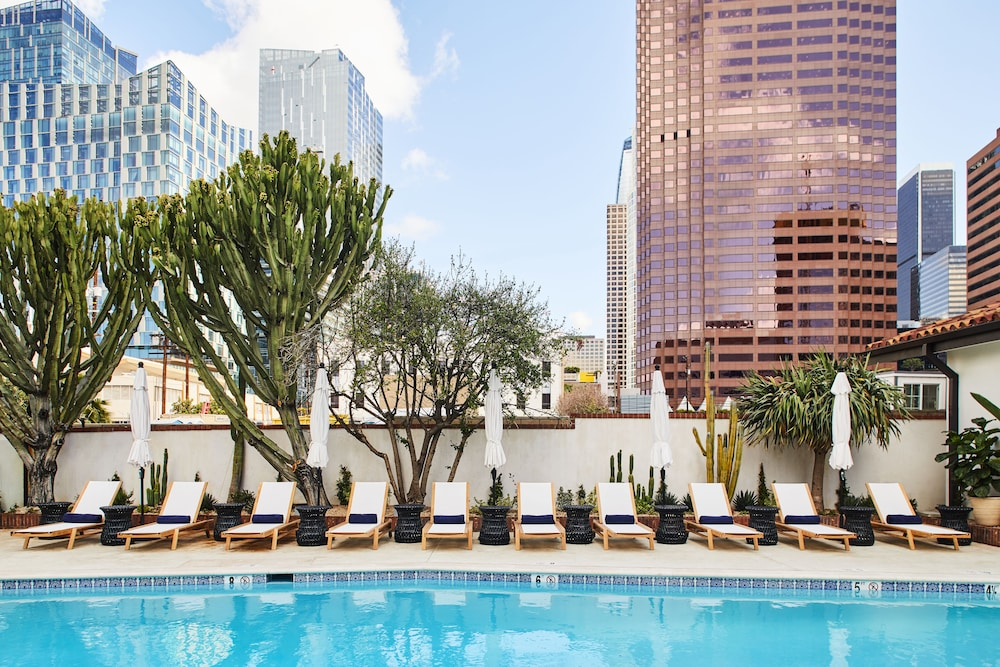 Outdoor Pool, Hotel Figueroa