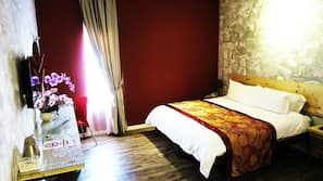 In-room safe, desk, blackout curtains, rollaway beds
