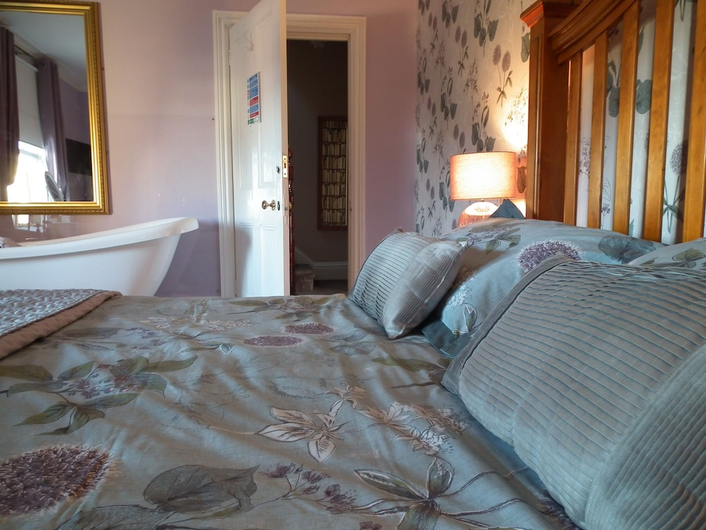 Chiltern house boutique bed breakfast lowestoft gbr for Boutique bed breakfast