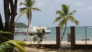 Plage, sable blanc, snorkeling, bar de plage