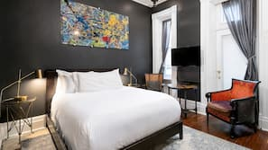 Premium bedding, down duvet, individually decorated, iron/ironing board