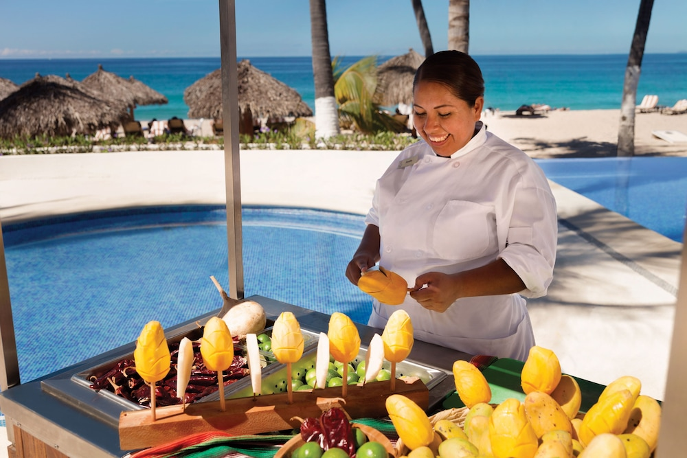 Dining, Hyatt Ziva Puerto Vallarta - All Inclusive