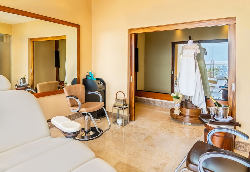 Hair Salon, Hyatt Ziva Puerto Vallarta - All Inclusive