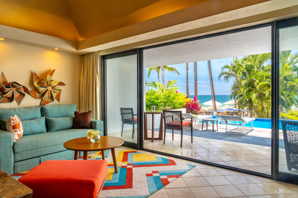 Living Area, Hyatt Ziva Puerto Vallarta - All Inclusive
