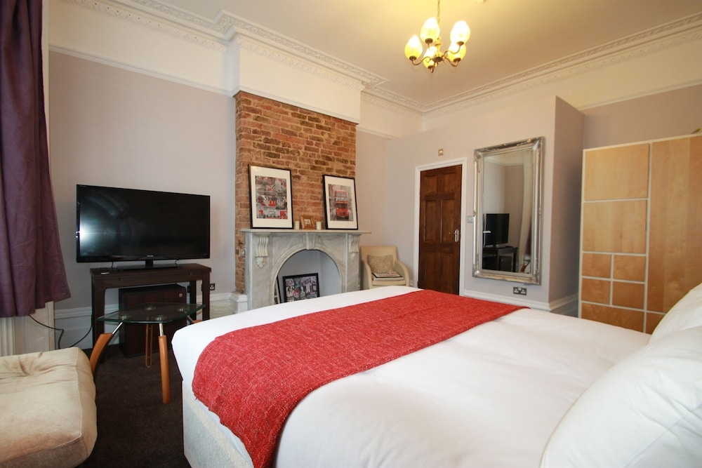 Room, Manor House London
