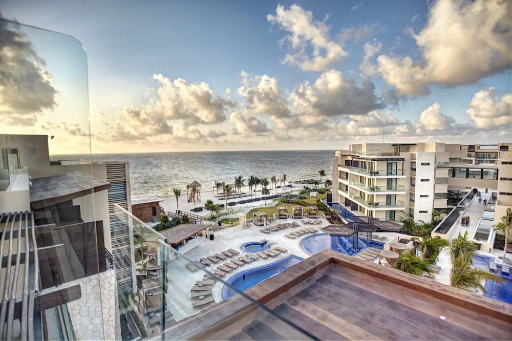 Property Grounds, Hideaway at Royalton Riviera Cancun Adults Only - All Inclusive
