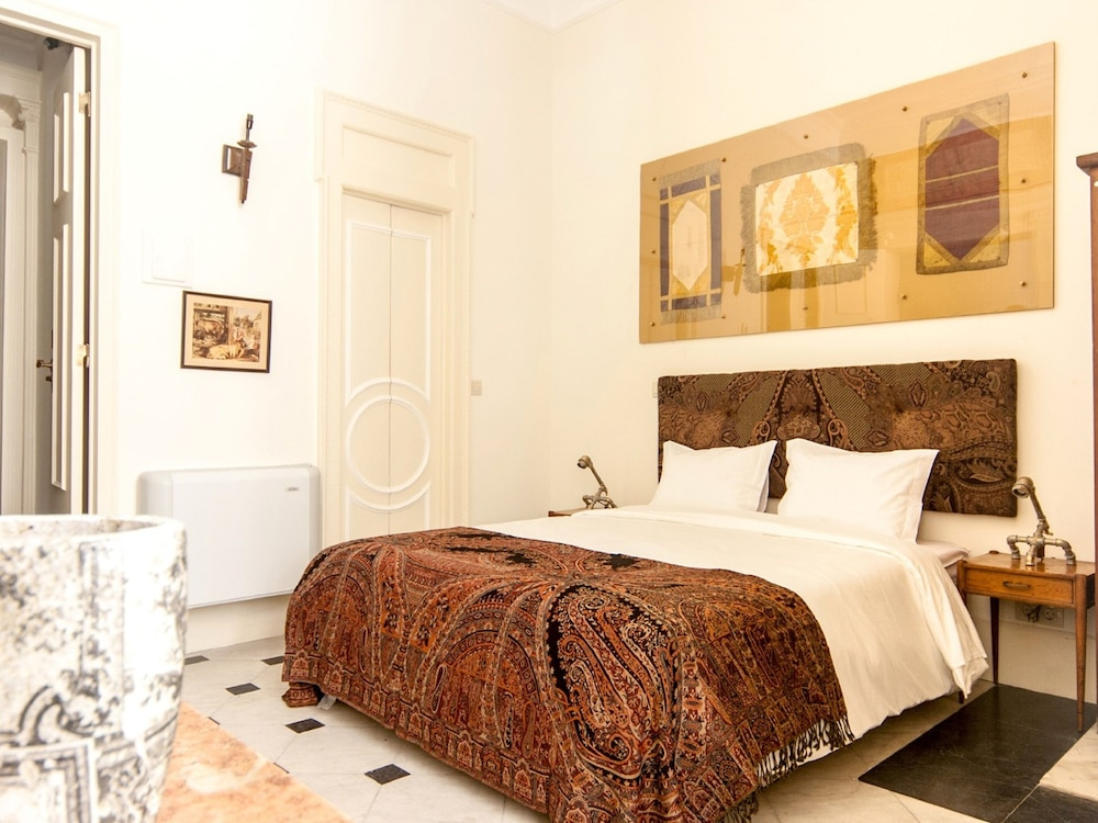 Book the independente suites terrace lisbon hotel deals for The terrace book