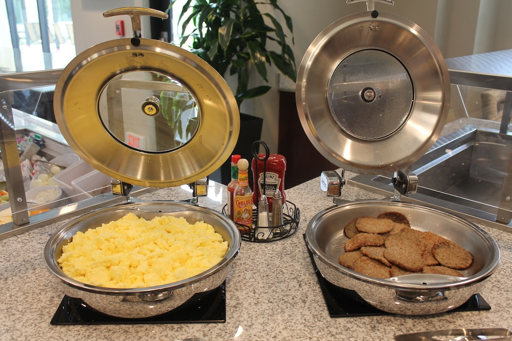 Breakfast Meal, Staybridge Suites Carlsbad