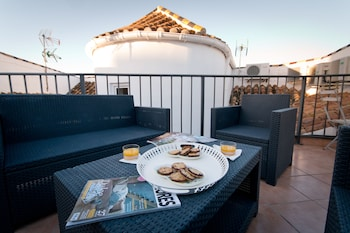 Holidays2Malaga Terrace Center Apartments