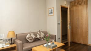 1 bedroom, minibar, in-room safe, individually furnished