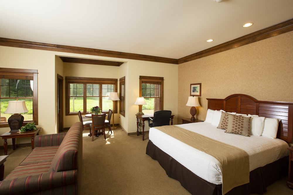 Room, Rockwell Lake Lodge