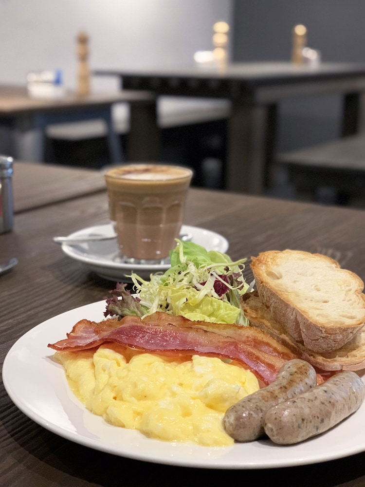 Breakfast Meal, The Jervois