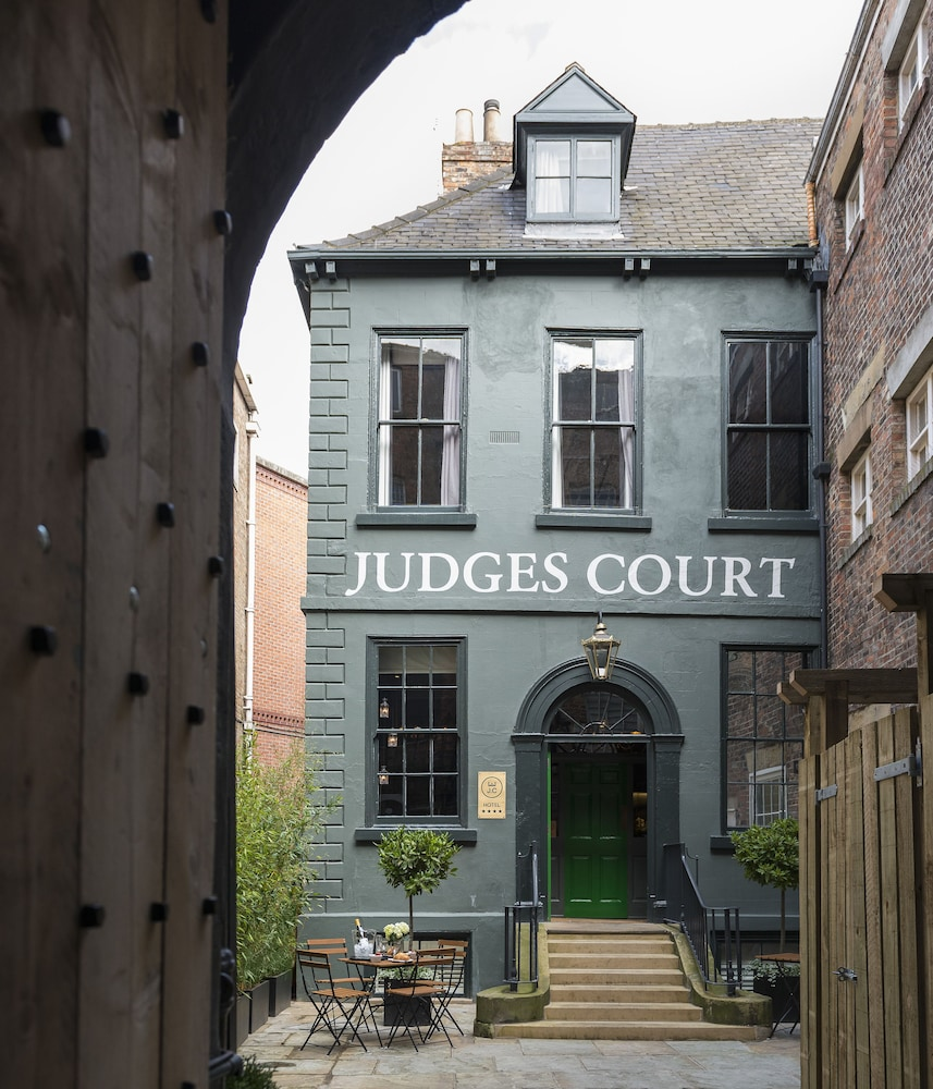 Front of Property, Judges Court