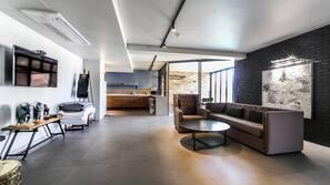 書桌、免費 Wi-Fi、方便輪椅出入