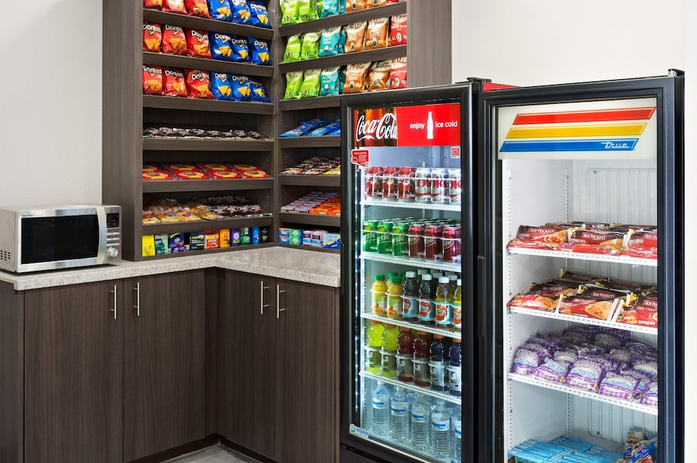 Vending Machine, Hawthorn Suites By Wyndham Midland