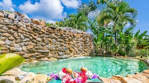 11 outdoor pools