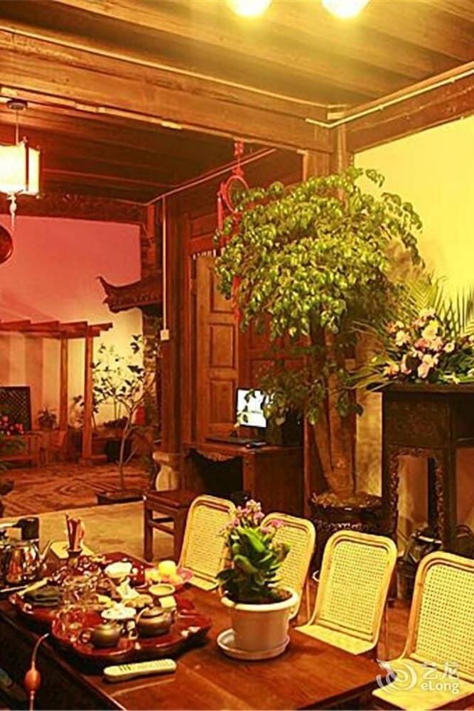 lijiang stories from afar inn hanshe 2019 room prices deals rh expedia com