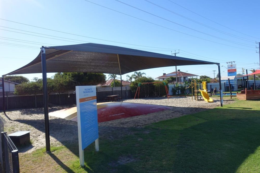 Children's Play Area - Outdoor, Discovery Parks – Adelaide Beachfront