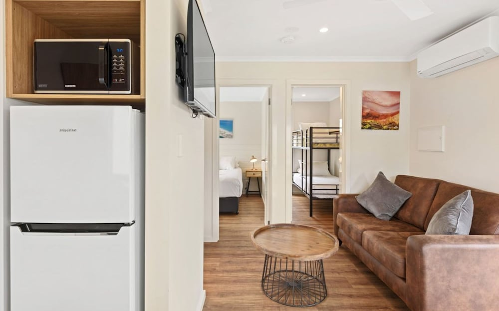 Private Kitchen, Discovery Parks – Adelaide Beachfront