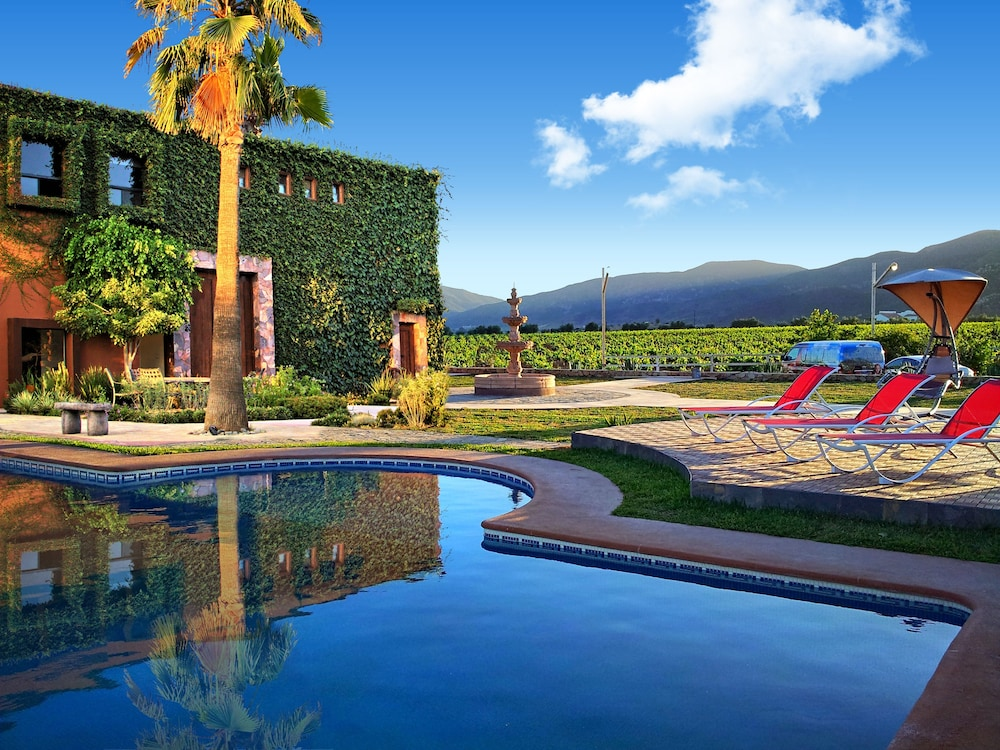 Hotel boutique valle de guadalupe in ensenada hotel for Boutique hotel vacations