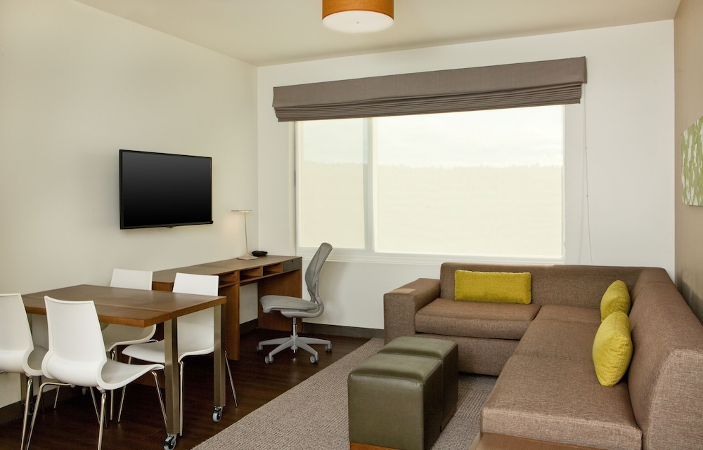 Room, Element Hanover Lebanon