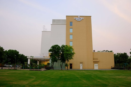 Country Inn & Suites by Radisson, Gurugram Sohna Road