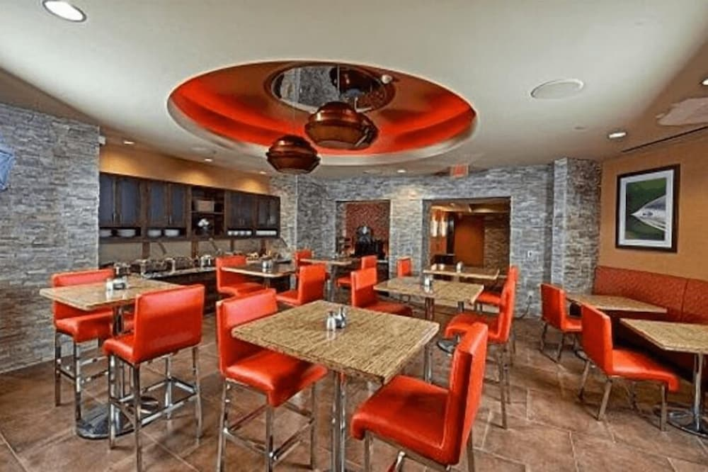 Breakfast Area, Osage Casino and Hotel - Skiatook