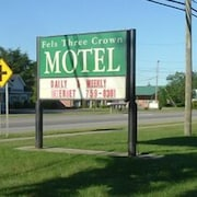 Fels Three Crown Motel