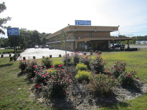 Travel Inn & Suites
