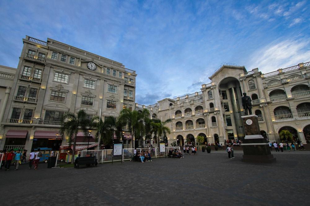 Plaza Hotel Bataan