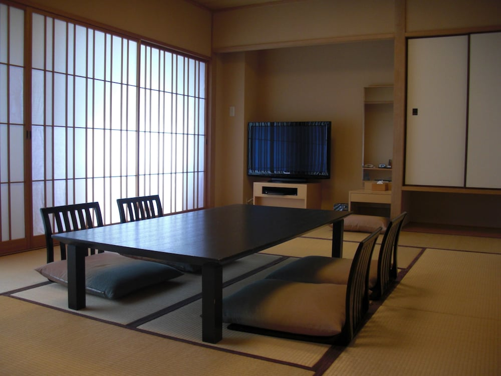 Room, Royal Pines Hotel Urawa