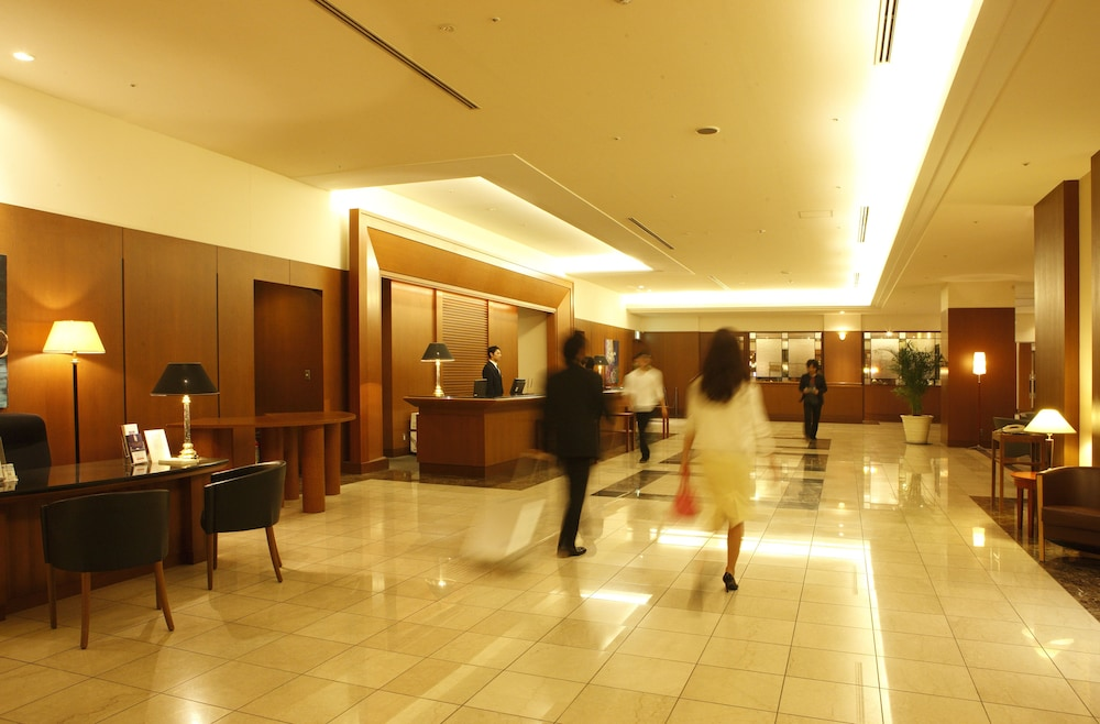 Lobby, Royal Pines Hotel Urawa