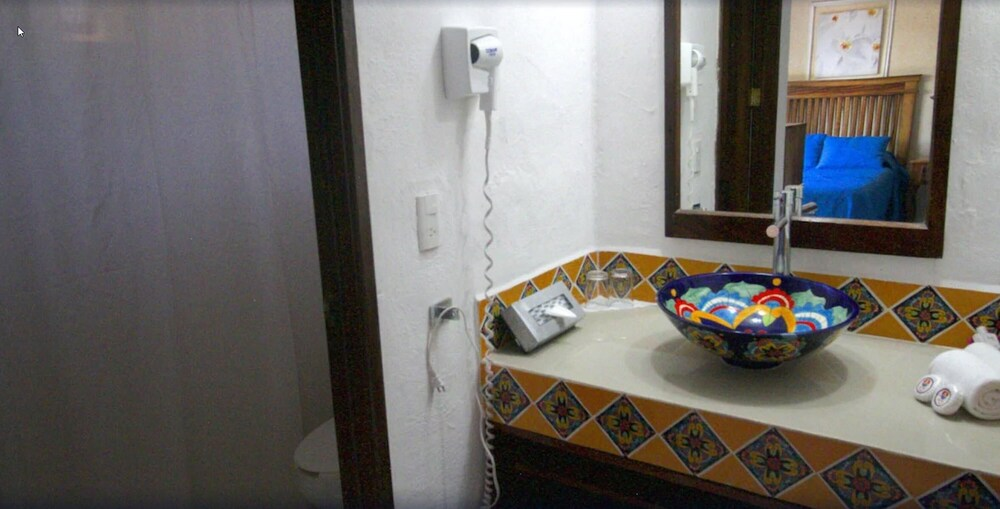 Bathroom Sink, Los Tules Villas del Sol