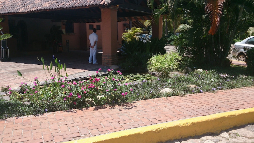 Check-in/Check-out Kiosk, Los Tules Villas del Sol