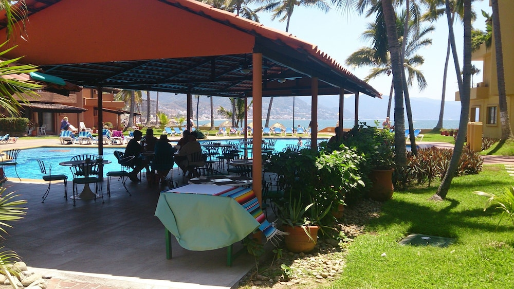 Poolside Bar, Los Tules Villas del Sol