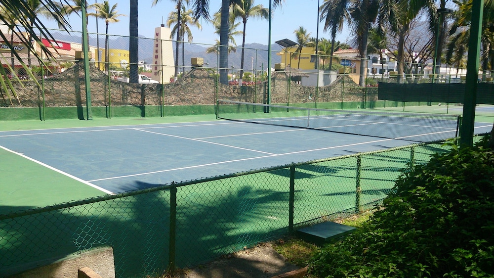 Sports Facility, Los Tules Villas del Sol