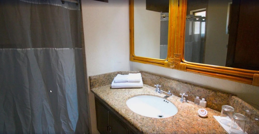 Bathroom, Los Tules Villas del Sol
