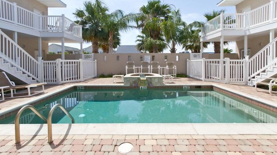 Los Cabos III Condominiums by Cheap Getaway