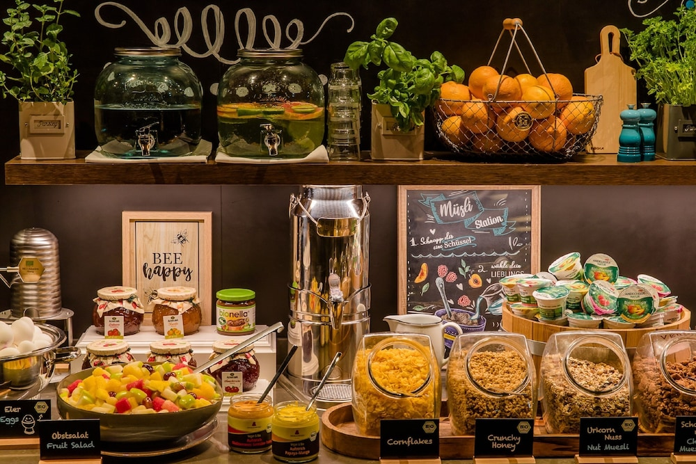 Breakfast buffet, Motel One Magdeburg
