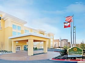 La Quinta Inn & Suites by Wyndham Little Rock - West