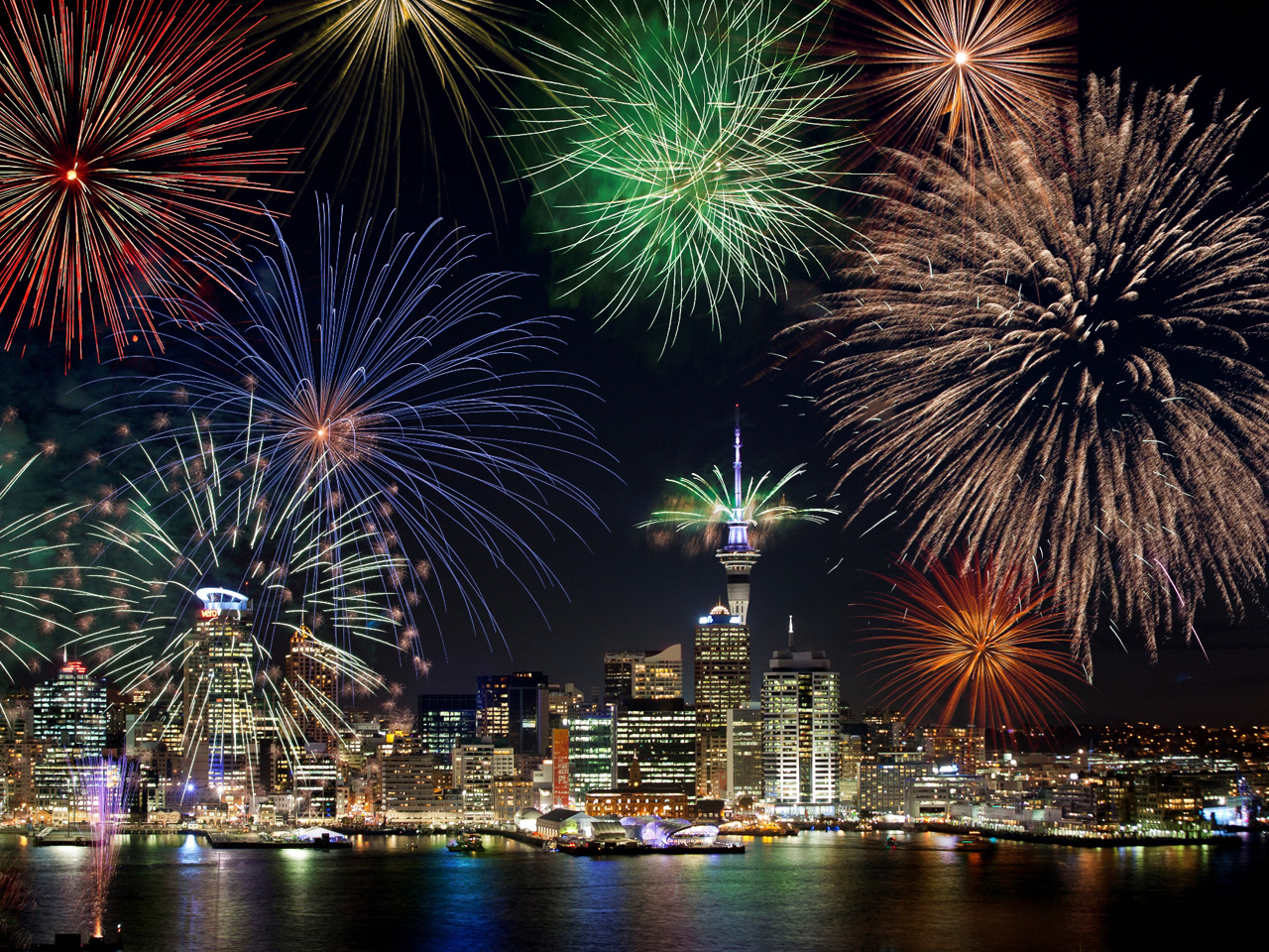 Listopedia: The Ultimate New Year's Eve