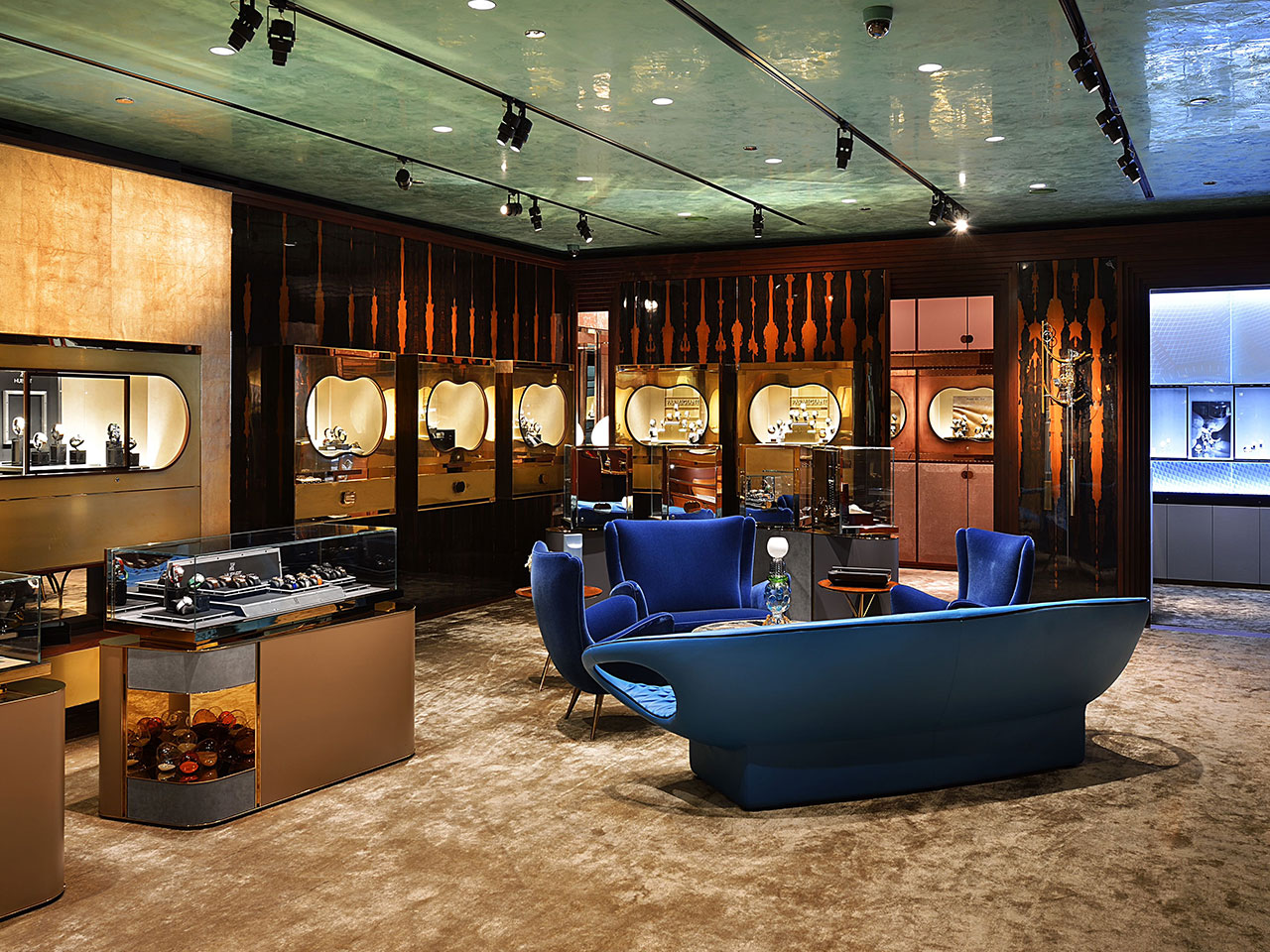 Listopedia: Luxury Watch Shopping Destinations